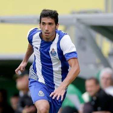Granada chce trzech zawodników Porto