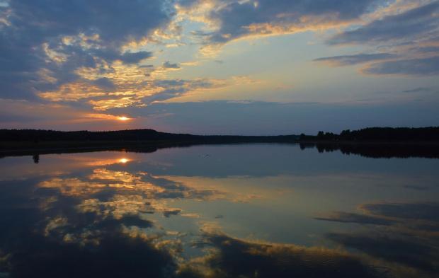 a nad jeziorem .... spokój i cisza