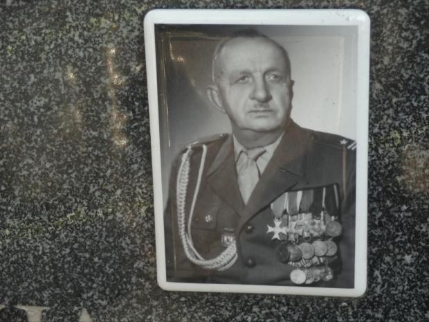 Józef Mania Powstaniec wielkopolski 1898 -1978 cmenrarz św. Krzyża / Gniezno