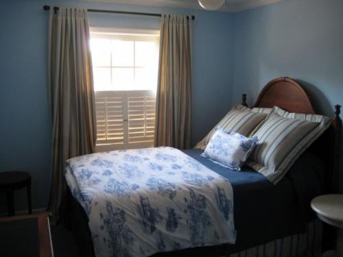 niebieska-sypialnia